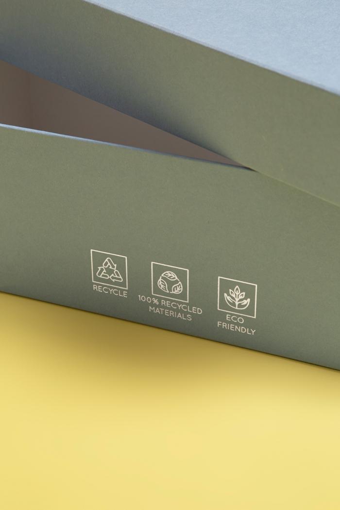 Carta 100% ecologica riciclabile e riciclata liscia