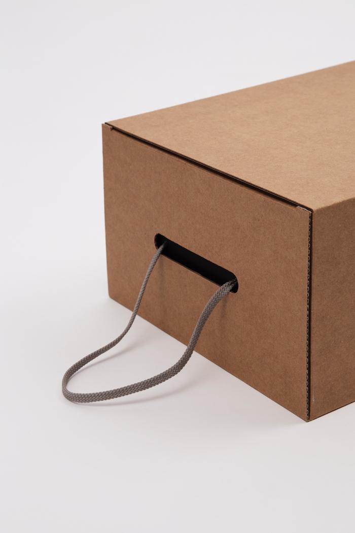 Tipologia scatole: Cassetto con foro