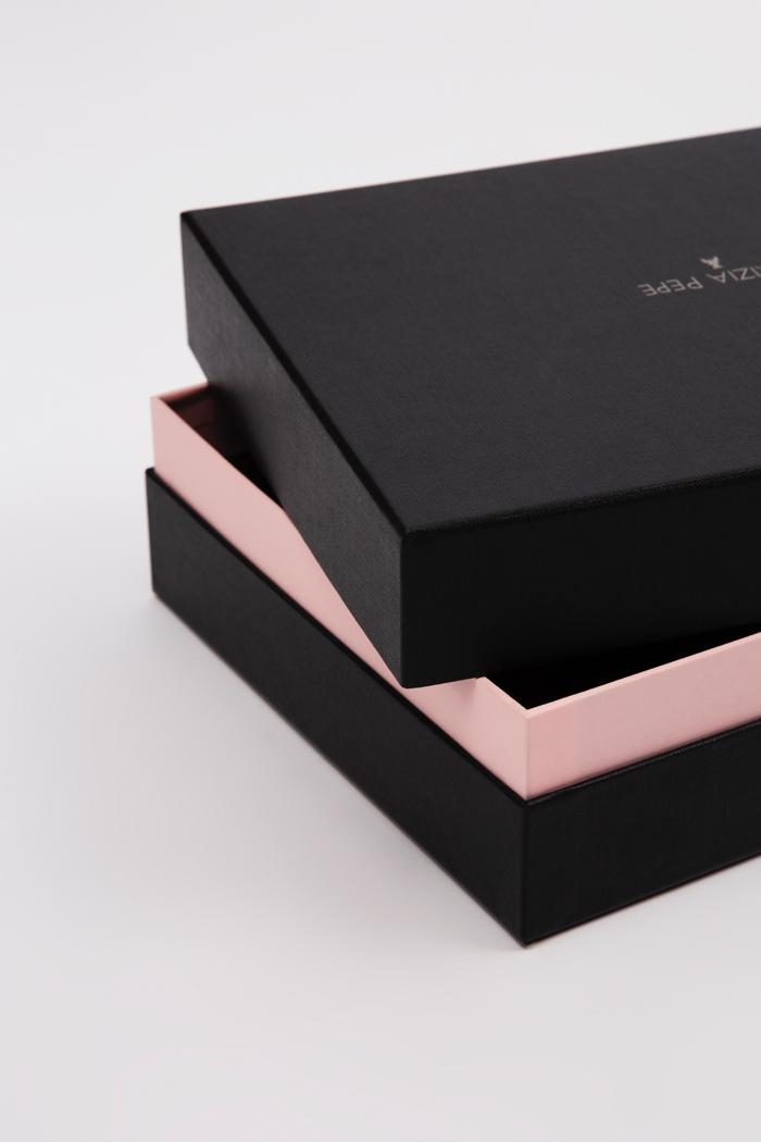 Tipologia scatole: Quattro pezzi